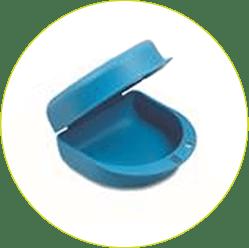 Pudełko na protezę zębową